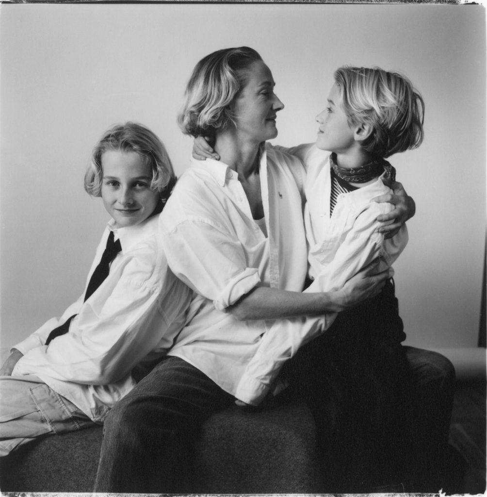 1998 Sabina e hijos